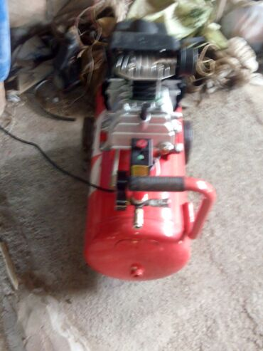 Compressor tecili satilir ! 300 azn asagi yeride var