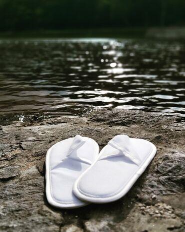Bazen - Srbija: Domaća proizvodnja jednokratnih hotelskih papuča, jedinstvenih na