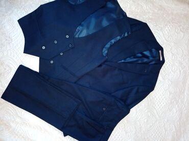 деревянный чехол в Азербайджан: Продаю мужской костюм тройка, подойдёт и для деловых встреч и для торж