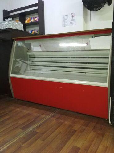 Холодильники в Кыргызстан: Б/у Холодильник-витрина Красный холодильник