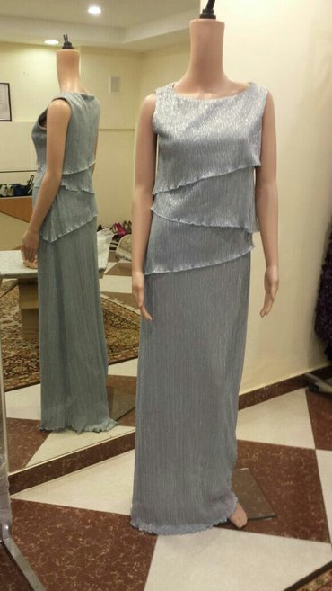Bakı şəhərində Продаются платья голубое 40 42 и 44 размеры