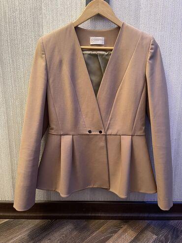 Пиджак цвета «кэмэл»Размер-38(М)Одевали пару разШикарно смотрятся и с