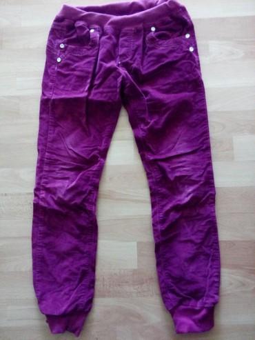 Dečije Farmerke i Pantalone   Vranje: Plisane pantalone za devojcice vel.12