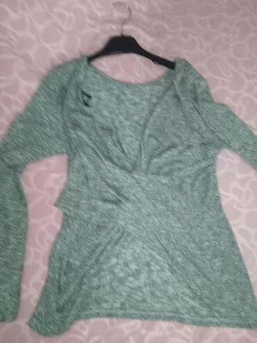 Ženska odeća | Zrenjanin: Majica, do pola ledja otvorena( taj deo je i slikan) Novo! M/L