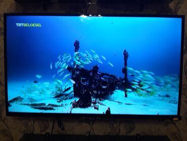Az işlənmiş Samsung (105 ekran) televizor satılır.Televizor Baku