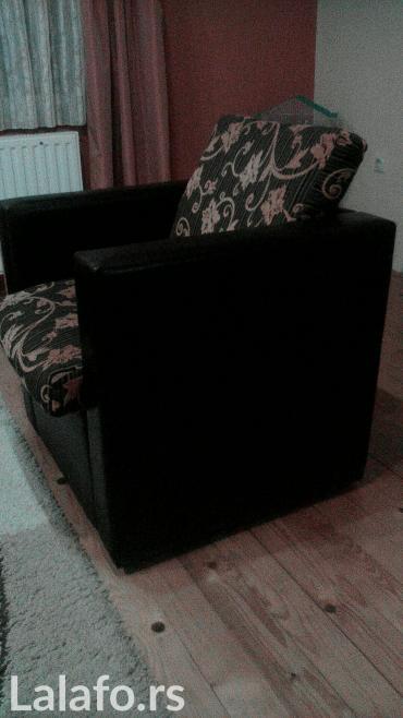 Nameštaj - Pancevo: Garnitura dvosed i fotelja. U odlicnom stanju! Ne razvlači se. Nama je