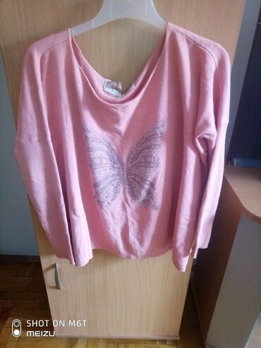 Ženska odeća | Lazarevac: Prelepa bluzica S/M. bagy fazon i prelepo.stoji