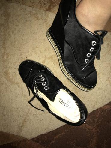 Продаю ботинки chanel ,одевала 1 раз в Бишкек