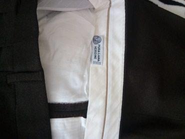 Nikad obucene muske pantalone od ciste vune, braon boje, broj 58.  - Kragujevac