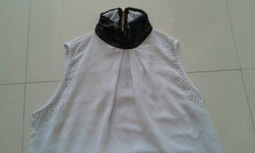 Majica novo bela sa koznim okovratnikom mekana koza dostupna u svim - Backa Palanka