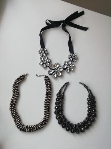 Ogrlice, sve 3 zajedno u kompletu na prodaju - Novi Sad