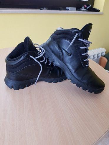 NIKE cipele, par puta obuvene u odlicnom stanju - Loznica