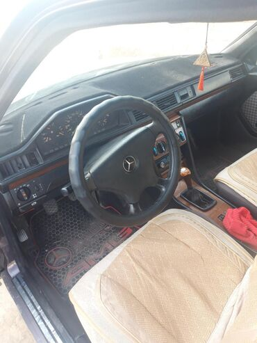Mercedes-Benz 230 2.3 л. 1991 | 15 км