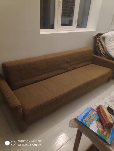 Acilan divan 60 azn Novxanida bagdadi