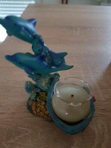 Nova. ukrasna figura sa svecom
