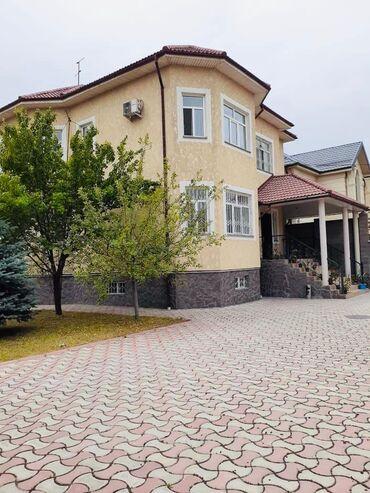 Продам Дом 330 кв. м, 6 комнат