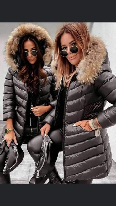 Topla zimska jakna sa krznom na kapuljaci