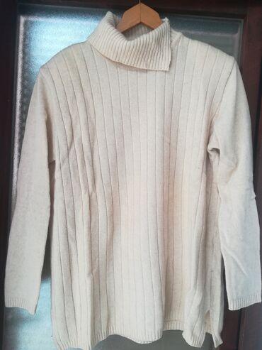Ženska odeća | Vranje: Rolka bež boje vel 46, obim grudi 108 cm, dužina 71 cm, nošena ali