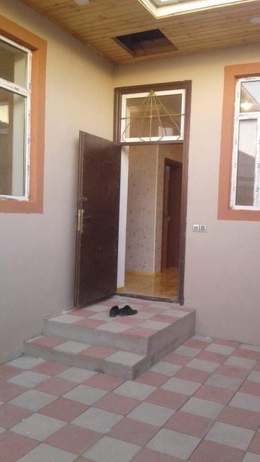 Bakı şəhərində 3 otaqli ev tecili satilir
