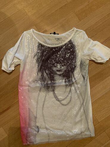 Patrizia Pepe majica, original.  Stanje odlicno
