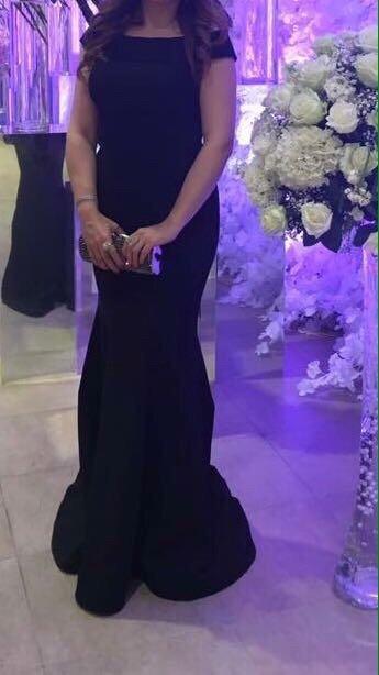 Kürdəmir şəhərində Вечернее платье одевалось один раз Очень элегантное   42 размер