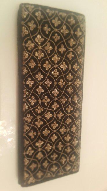 Bakı şəhərində Индия Клатч  бархатный с вышивкой .Новый.Длина 25 см,ширина 10 см
