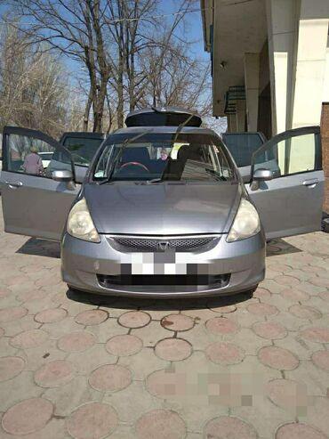 Honda Fit 1.3 л. 2004 | 260000 км