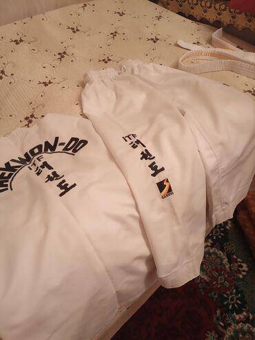Кимоно одевалось 3-4 раза состояние хорошоеKimono ela veziyetdi 3-4