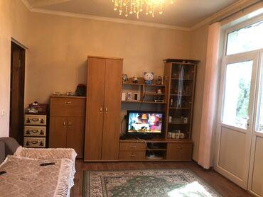Недвижимость - Баетов: Сталинка, 2 комнаты, 52 кв. м С мебелью, Кондиционер, Не сдавалась квартирантам