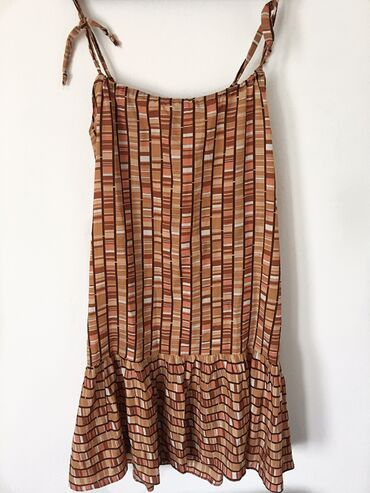 Haljine | Bor: Letnja haljina, L, gornji deo kod bretela se podešava