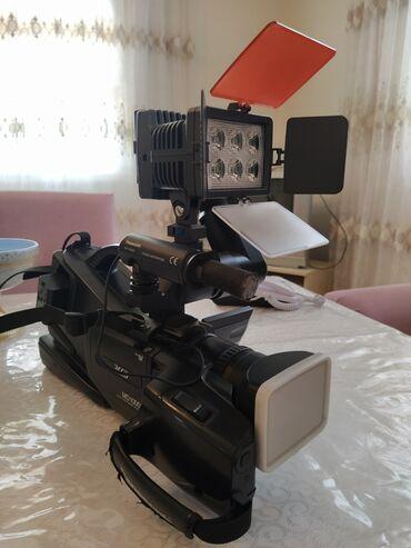 kaset - Azərbaycan: Ucuz qiymətə videokamera satiram Mini kasetle işləyir üstündə adepter