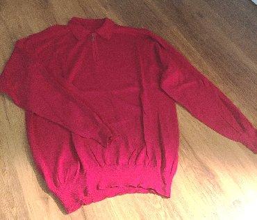 Muška odeća   Zajecar: Odličan muški džemper sa kragnom i rajfešlusom. Crvena boja, odličan k