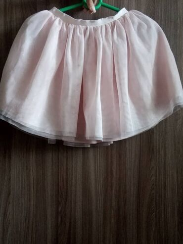 Женская одежда - Беш-Кюнгей: Юбочка 8-9-10лет отдам за 300 привезённая за границей,пару раз