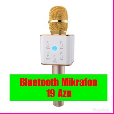Bakı şəhərində Bluetooth mikrafon.