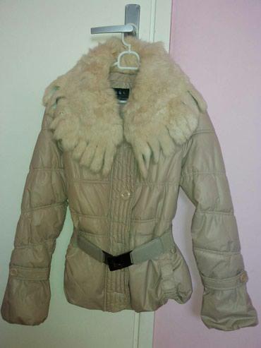 Zenska strukirana bez zimska jakna. Pravo krzno koje se skida. S-M - Subotica