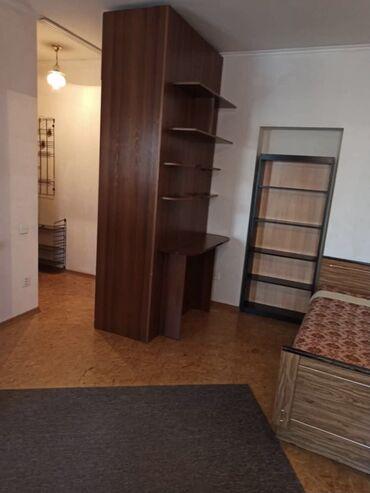 купить кирпичный гараж в Кыргызстан: 104 серия, 1 комната, 33 кв. м Бронированные двери, Совмещенный санузел, Неугловая квартира