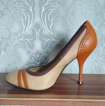 Туфли Zenden 37 размер. Очень качественные, удобные, устойчивый