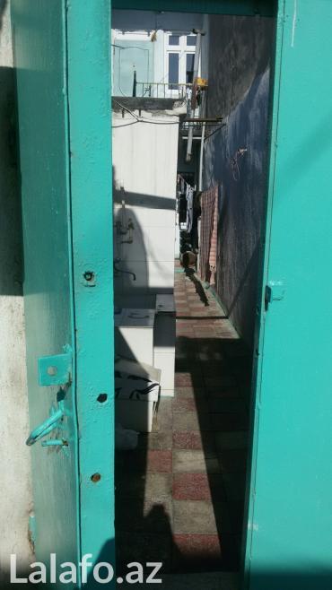 Bakı şəhərində Ev inşaatçilar metrosunun yaxinligindadir. 3 il olar tikilib. 4 otagda