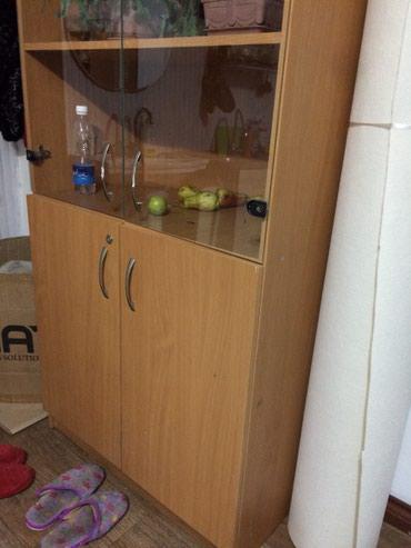 Распродажа мебели - столы и шкафы. С в Бишкек
