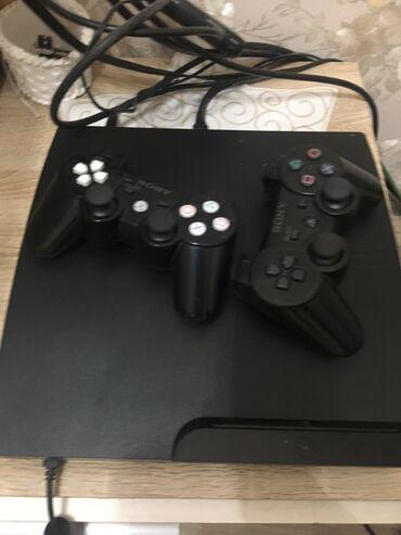 playstation3 - Azərbaycan: Playstation3 original 2 pult 5oyun adaptirlar hər seyi usdunde anag