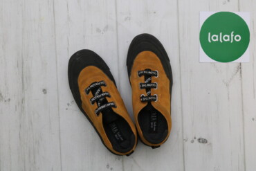 Дитячі кросівки Zara, р. 30/31    Довжина підошви: 22 см   Стан: дуже
