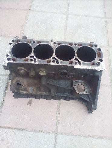 Opel Omega/Vectra 2.0 sadə mator bloku gilizlər 0.50Omeqa A, Vectra A в Bakı