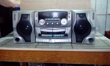 Продаю кассетный магнитофон 3600сом  в Бишкек