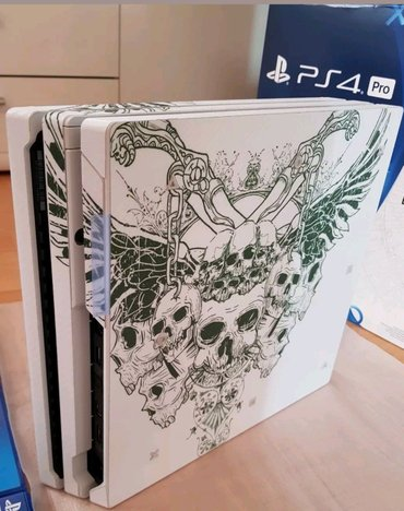 Sony PlayStation 4 pro 1TB with 2 controllers and 5 free games of your σε Αθήνα - εικόνες 3