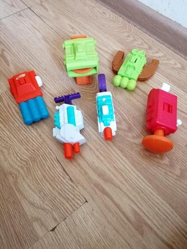 Bakı şəhərində Полный комплект игрушек из этой серии. Стреляют пульками и водой.