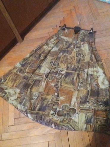 MODERAN DEZEN...Suknja..Odgovara velicini 38.Malo nosena kao nova.Bez - Bor