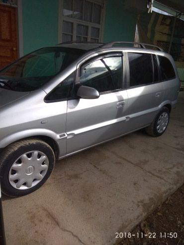 Opel Zafira 2000 в Исфана