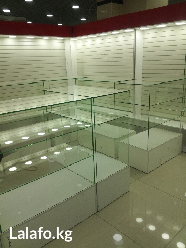 изготавливаем и продаю новую стеклянную витрину несколько штук размер  в Бишкек