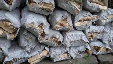 Уголь и дрова - Сокулук: Продаю дрова по 200 сом мешок