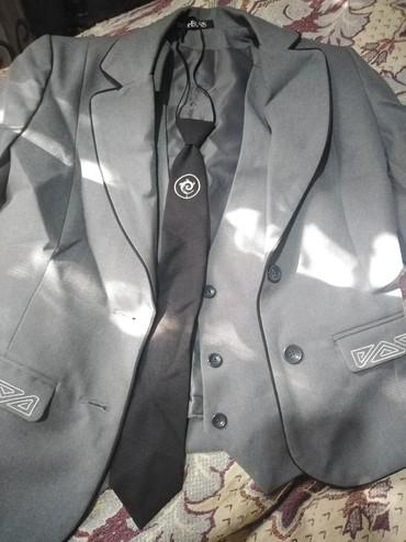 Пиджак школьный - Кыргызстан: Школьная форма. Пиджак, жилетка, галстук. В отличном качестве, 40